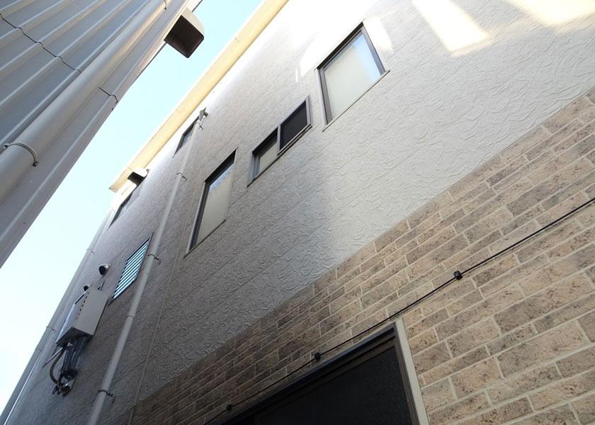 浜松市東区Danサイディング(外壁カバー工法)M様ビルの施工事例