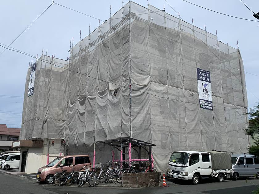 マンション塗装 仮設足場設置完了
